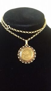1820 KING GEORGE III SOVEREIGN IN A GOLD PENDENT AND GOLD CHAIN