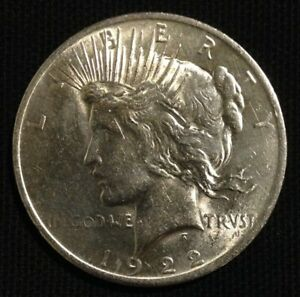 1922 P PEACE SILVER DOLLAR COIN   LUSTER   AS PICTURED