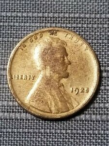 Click now to see the BUY IT NOW Price! VINTAGE FROM THE 1920'S 1925 WHEAT PENNY.