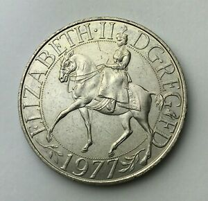 DATED : 1977   ONE CROWN   5 SHILLINGS COIN   QUEEN ELIZABETH II   GREAT BRITAIN