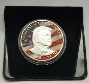 PRESIDENT DONALD TRUMP MAKE AMERICA GREAT AGAIN COLOUR SILVER PLATED MEDAL COIN