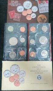 1990 U.S. UNCIRCULATED MINT SET P AND D MARKS. 10 COINS AND 2 TOKENS