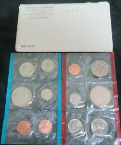 1971 U.S. UNCIRCULATED MINT SET P AND D MARKS. 11 COINS AND 1 MINT TOKEN