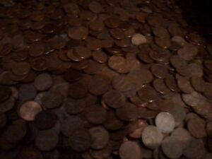 Click now to see the BUY IT NOW Price! 10 ROLLS  500 COINS  OF 1959 1981 P&D COPPER LINCOLN MEMORIAL CENTS   AVG CIRC.