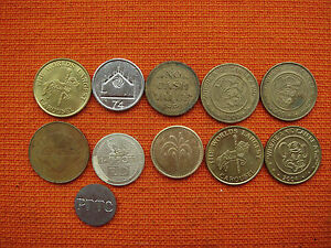 VINTAGE MIXED LOT OF TOKENS COLLECTIBLE ITEM  GOOD CONDITION  NR 5963