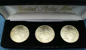 1922 1923 & 1924 UNC PEACE SILVER DOLLARS   BEAUTIFUL HIGH GRADE   MUST SEE