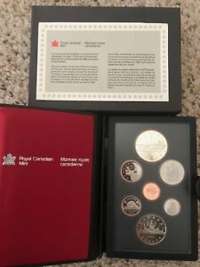 1984 CANADIAN DOUBLE DOLLAR PROOF SET ROYAL CANADIAN MINT WITH SILVER DOLLAR