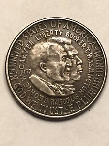 1952 SILVER HALF DOLLAR 90  COIN. AMERICANISM. FREEDOM AND OPPORTUNITY FOR ALL