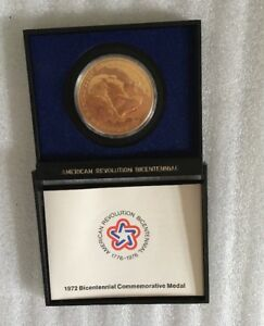 VINTAGE 1972 AMERICAN BICENTENNIAL COMMEMORATIVE MEDAL COIN GEORGE WASHINGTON