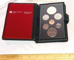 1979 ROYAL CANADIAN MINT PROOF SET 7 COIN  DOUBLE DOLLAR LEATHER BOOKLET GRIFFON