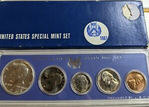 1967 UNITED STATES SPECIAL MINT SET WITH BOX 40  SILVER HALF