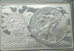 2016 SILVER EAGLE 1OZ COIN IN CASED IN STATUE OF LIBERTY 2 OZ BAR .999 [YM746]