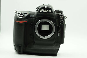 NIKON D2H 4.1MP DIGITAL SLR CAMERA BODY  NO CHARGER                         336