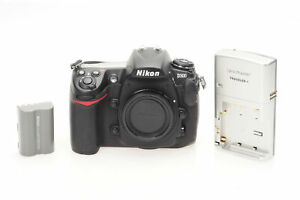 NIKON D300 12.3MP DIGITAL SLR CAMERA BODY                                   948