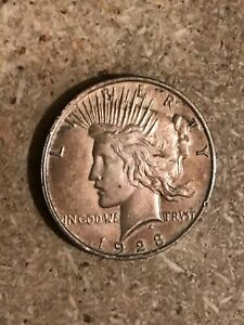 1923 PEACE DOLLAR 90  SILVER DOLLAR WITH TONING PHILADELPHIA MINT