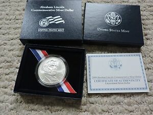 2009 ABRAHAM LINCOLN COMMEMORATIVE UNCIRCULATED SILVER DOLLAR WITH COA LN8