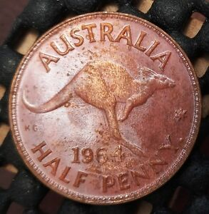 1964Y AUSTRALIA HALF PENNY EX   MINT ROLL IN UNCIRCULATED CONDITION   21