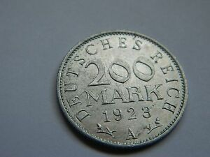 GERMANY WEIMAR REPUBLIC 1923 A 200 MARKS   94 YEARS OLD    LOT 869