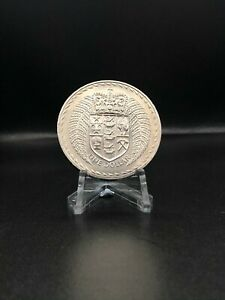 1967 UNCIRCULATED CROWNED SHIELD NEW ZEALAND ONE DOLLAR