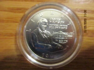 1993 W BILL OF RIGHTS COMMEMORATIVE HALF DOLLAR CLAD IN CAPSULE