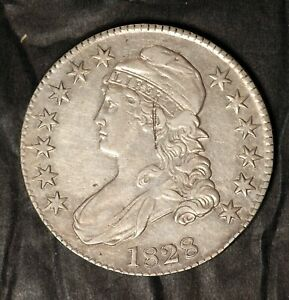 1828 CAPPED BUST HALF DOLLAR O 111   MINT MADE STRIKE THROUGH ERROR  EF/AU