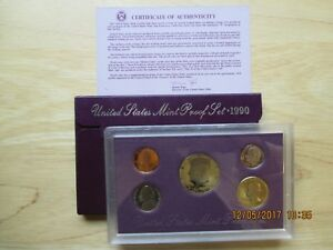 1990 UNITED STATES MINT PROOF SET WITH COA