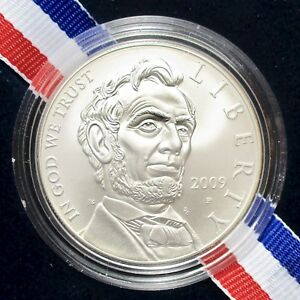 2009 ABRAHAM LINCOLN COMMEMORATIVE UNCIRCULATED SILVER DOLLAR BOX & COA PAPERS