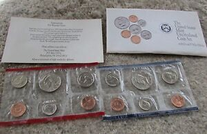 1992 ORIGINAL & UNCIRCULATED MINT SET AS ISSUED BY U.S. MINT