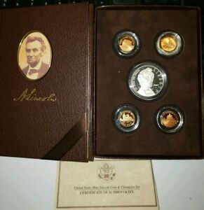 GREAT HOLIDAY GIFT    2009 U.S. MINT LINCOLN COIN & CHRONICLES SET