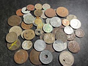 MIXED LOT OF FOREIGN CULL COINS