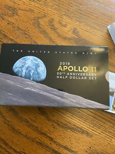 2019 APPOLO 11 50TH ANNIVERSARY HALF DOLLAR SET WITH ERROR PACKAGING
