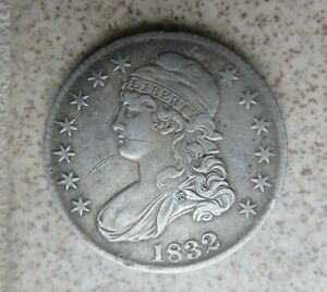 1832 CAPPED BUST HALF DOLLAR  SILVER