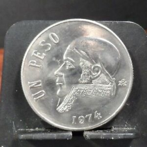 CIRCULATED 1974 ONE PESO MEXICAN COIN  10318 1