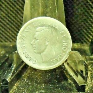 CIRCULATED 1940 10 CENT CANADIAN COIN  30519 1 ..FREE DOMESTIC SHIPPING