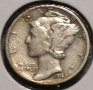 MERCURY SILVER DIME   1942 D   GOTTA SELL 'EM ALL    $1 UNLIMITED SHIPPING 088