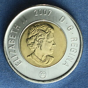 CANADA 2007 TOONIE 2$ FROM A MINT ROLL  NORMAL REVERSE