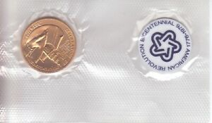 1976 BICENTENNIAL FIRST DAY COMMEMORATIVE MEDAL & MEDALLION
