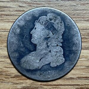 BUST HALF DOLLAR   US CURRENCY   PRE CIVIL WAR   DATELESS  183?
