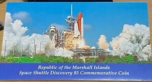 988 SPACE SHUTTLE DISCOVERY $5 COMMEMORATIVE  ISSUED BY MARSHALL ISLANDS KM6 .
