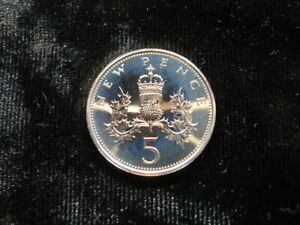 OLD WORLD PROOF COIN GREAT BRITAIN 5 PENCE 1971 KM911