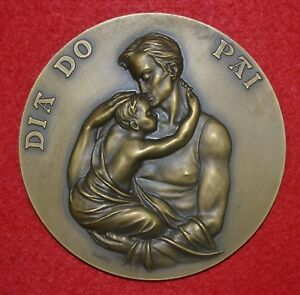 MAGNIFICENT BRONZE MEDAL ALLUSIVE TO FATHER'S DAY  / 1993