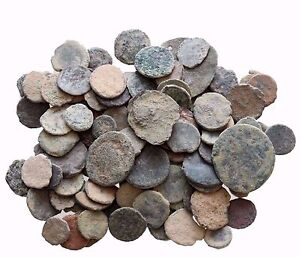 A NICE  LOT OF 8 AE ANCIENT & ROMAN COINS AND ALWAYS BONUS COINS ADDED
