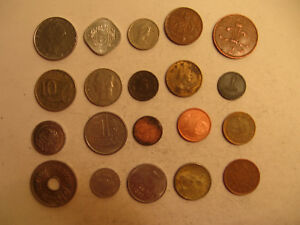 MIXED LOT OF FOREIGN COINS  32 .