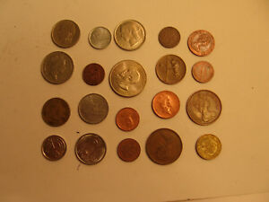 MIXED LOT OF FOREIGN COINS  5