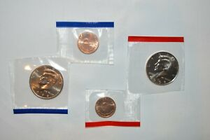 1998  P D KENNEDY CLAD PROOF HALF DOLLARS   COMBINED SHIPPING   MINT TOKENS