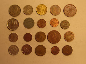 MIXED LOT OF FOREIGN COINS  22 .
