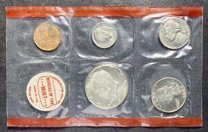 1969 U.S. MINT SET NO OGP 10 COINS 2 TOKENS DDR ERROR HALF DOLLAR  01
