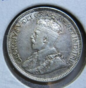 1913 CANADA SILVER 10 CENTS SMALL LEAVES HIGH GRADE