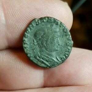 GENUINE ROMAN COIN. BUYER TO IDENTIFY. GUARANTEED GENUINE. REF LOT 38