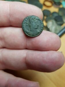 GENUINE ROMAN COIN. BUYER TO IDENTIFY. GUARANTEED GENUINE. REF LOT 39
